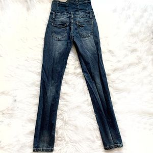 Goldtrans 5-button high rise skinny jeans size 27